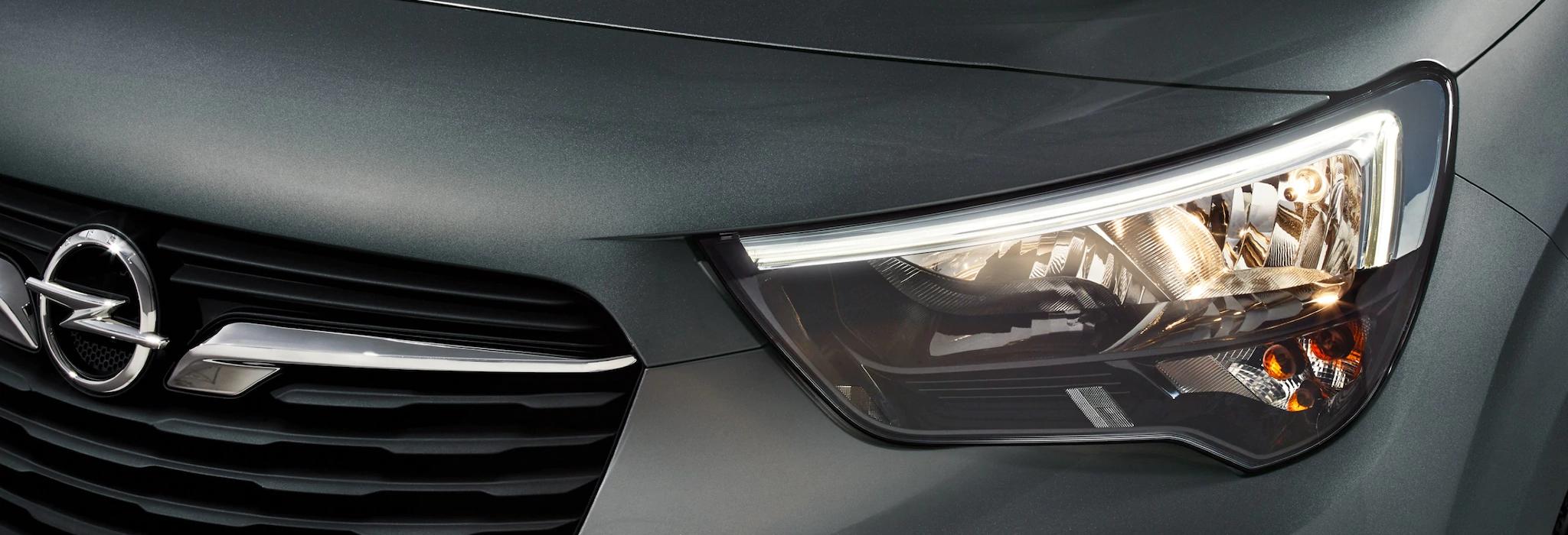 Opel_combo_life_led_daytime_running_lights_21x9_cml18_e01_009